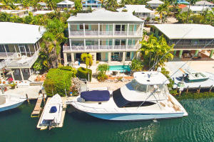 Property for sale at 132 Harbor Lane, ISLAMORADA,  FL 33070