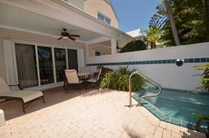 Property for sale at 7025 Harbor Village Drive Unit: Hawks Cay Resort, Duck,  FL 33050