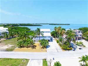 Property for sale at 110 Pirates Cove Drive, MARATHON,  FL 33050