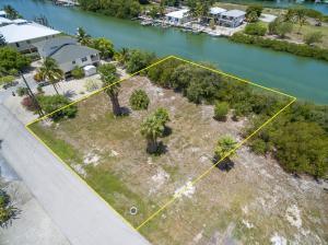 Property for sale at 19 Avenue E, MARATHON,  FL 33050