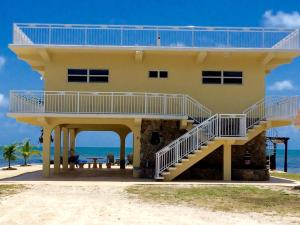 Property for sale at 57652 Overseas Highway, MARATHON,  FL 33050