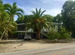 Property for sale at 444 Avenue A, KEY LARGO,  FL 33037