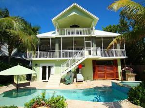 Property for sale at 223 Mohawk Street, ISLAMORADA,  FL 33070