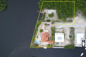 Property for sale at 68 S Andros Road, KEY LARGO,  FL 33037