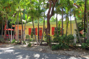 Property for sale at 118 Poinsetta Drive, KEY LARGO,  FL 33037