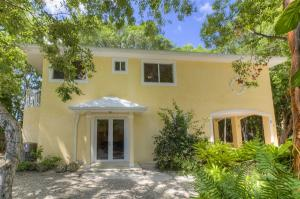 Property for sale at 1 Paradise Drive, KEY LARGO,  FL 33037