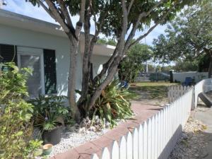 Property for sale at 3669 Charnie Lane Unit: A/B, MARATHON,  FL 33050