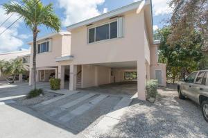 Property for sale at 9859 Leeward Avenue, KEY LARGO,  FL 33037