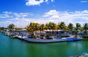 Property for sale at 140 Mangrove Lane, Tavernier,  FL 33070