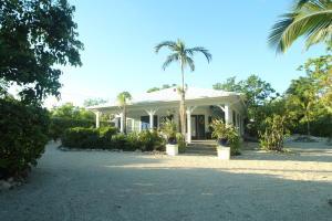 Property for sale at 139 Ocean View Drive, Tavernier,  FL 33070