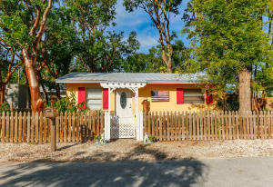 Property for sale at 109 Hibiscus Drive, KEY LARGO,  FL 33037