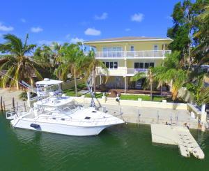 Property for sale at 132 Plantation Drive, Tavernier,  FL 33070