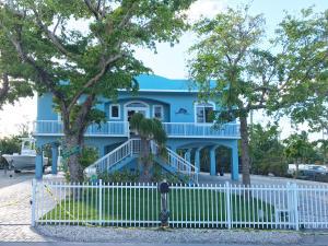 Property for sale at 49 Jean La Fitte Drive, KEY LARGO,  FL 33037