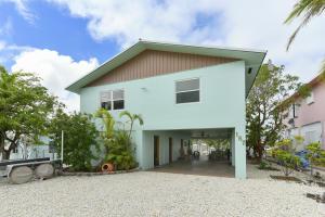 Property for sale at 157 Gardenia Street, Tavernier,  FL 33070