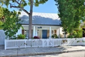 Property for sale at 819 Elizabeth Street, KEY WEST,  FL 33040