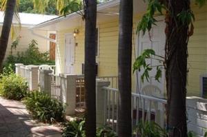 Property for sale at 910 Simonton Street Unit: 2, KEY WEST,  FL 33040