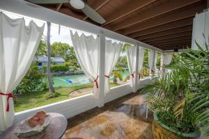 Property for sale at 11 Davis Lane, ISLAMORADA,  FL 33036