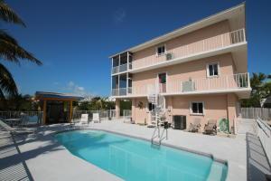 Property for sale at 190 Venetian Way, ISLAMORADA,  FL 33036