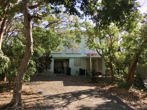 Property for sale at 126 W Pippin Drive, ISLAMORADA,  FL 33036