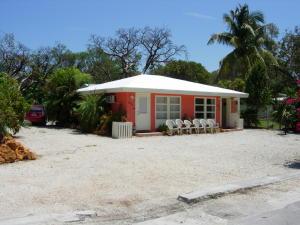 888-890  50Th Street Gulf  For Sale, MLS 579769