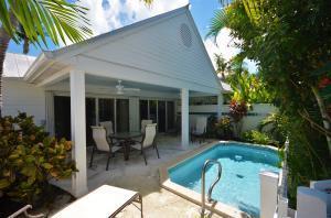7105  Harbor Village Drive  For Sale, MLS 581890