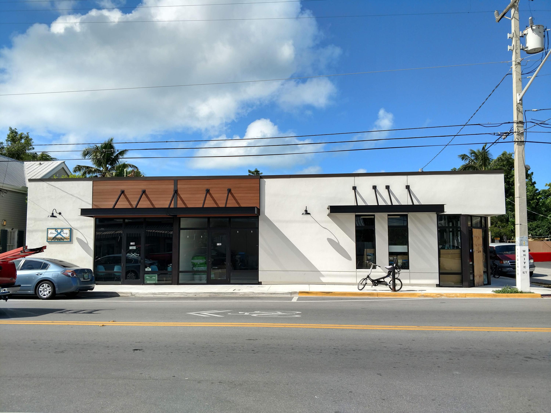 1102 White Street