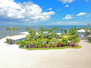 Awe Inspiring Florida Keys Waterfront Homes For Sale Single Family Houses Interior Design Ideas Gresisoteloinfo