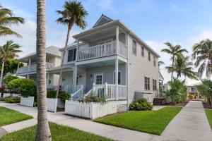 Duck Key Waterfront Homes for Sale, Single Family Houses