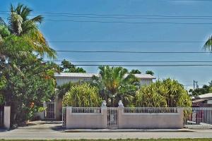 3006  Flagler Avenue  For Sale, MLS 583263