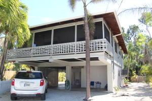 120  Riviera Drive  For Sale, MLS 584756
