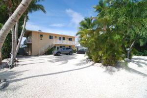 130  Plantation Avenue  For Sale, MLS 585095