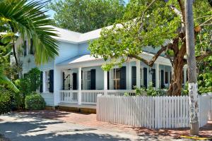 908  Packer Street  For Sale, MLS 585234