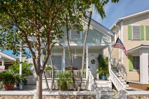 1022  Varela Street  For Sale, MLS 585438