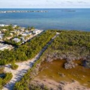 Pirates  Road   For Sale, MLS 585603