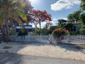 9  Mockingbird Road  For Sale, MLS 585861