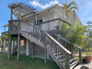 2160  Tampa Road  For Sale, MLS 586071