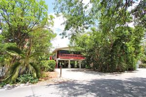162  Tampa Drive  For Sale, MLS 586039