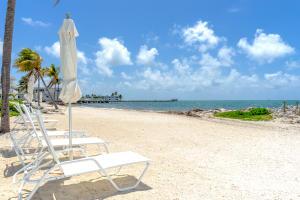 799 W Ocean Drive 104 For Sale, MLS 586196