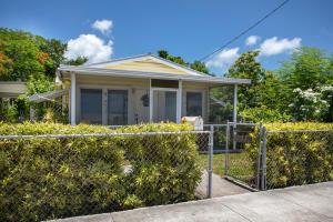 1825  Harris Avenue  For Sale, MLS 586368
