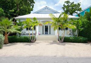 264  Bougainvillea Street  For Sale, MLS 587020