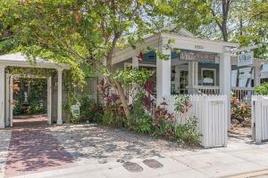 512-516  Angela Street  For Sale, MLS 587163