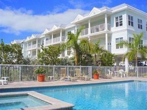 5960  Peninsular Avenue 101 For Sale, MLS 587955