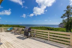 6501  Oceanview Avenue  For Sale, MLS 587980