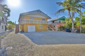 172  La Paloma Road  For Sale, MLS 588036