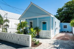 224  Olivia Street  For Sale, MLS 588334