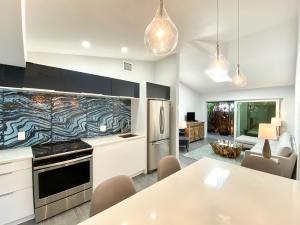 1616  Bertha Street 1 For Sale, MLS 588077