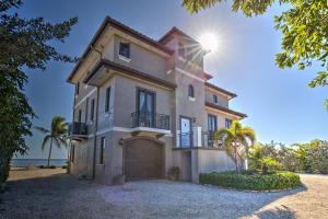 106  Sunrise Drive  For Sale, MLS 588545