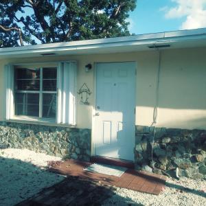 42  Orange Drive  For Sale, MLS 588598