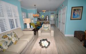 7103  Harbor Village Drive  For Sale, MLS 588652
