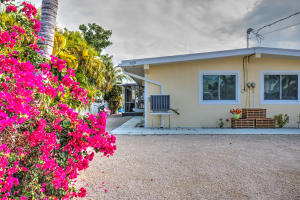 520  4th Street  For Sale, MLS 588907